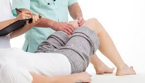 أسباب آلام الركبة أثناء النوم
