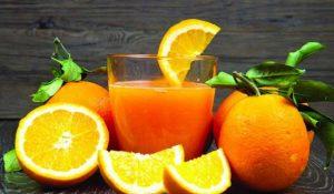 فوائد و أضرار اكل البرتقال على الريق