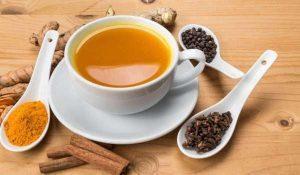 فوائد شرب الكركم مع العسل على الريق