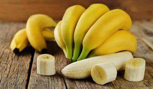 فوائد و أضرار أكل الموز على الريق للتخسيس