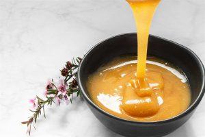 فوائد عسل المانوكا على الريق