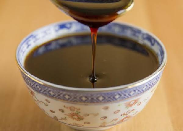 اضرار تناول العسل الأسود