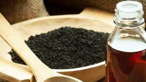فوائد العسل و حبة البركه على الريق